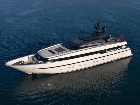 40m Sanlorenzo yacht Asteri è sul mercato