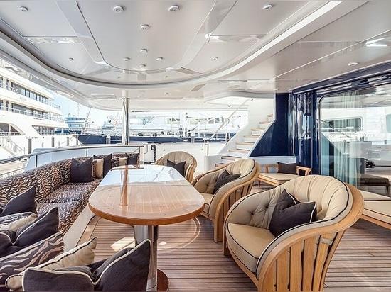 62m Lürssen motor yacht Avanti sul mercato