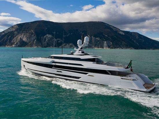 Superyacht Columbus S50 lanciato e chiamato K2
