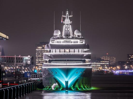 Mettere gli occhi sott'acqua il Falcon è una risorsa preziosa per i superyacht offerta da MarineGuard