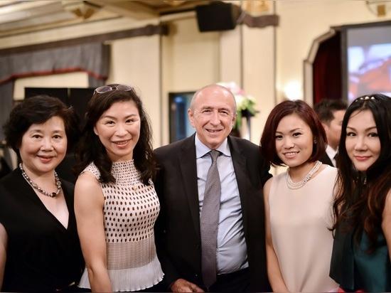 Cerimonia di rivelazione per 2015 Schang-Hai Yachting