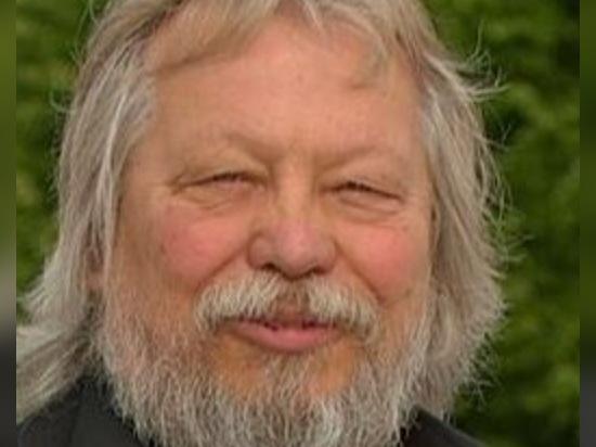 Esaminando indietro Jörg Beiderbeck? vita di s attraverso Frank Neaubelt